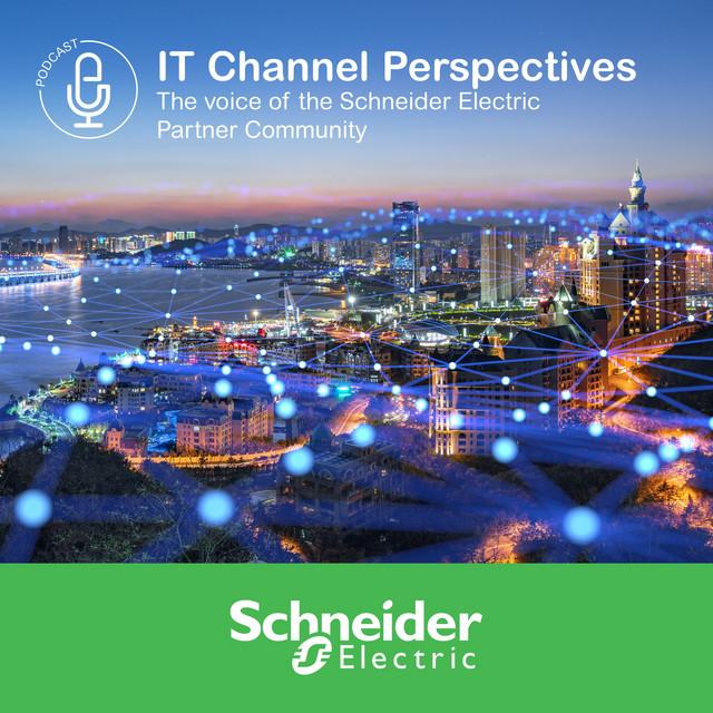 Strategii pentru dezvoltarea și transformarea digitală a clienților în noua serie de podcast-uri Schneider Electric